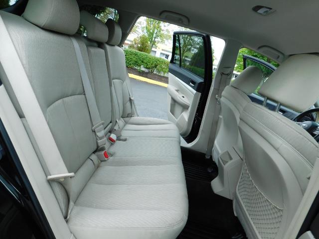 2012 Subaru Outback 2.5i Premium / AWD / HEATED SEATS / 1-Owner - Photo 17 - Portland, OR 97217