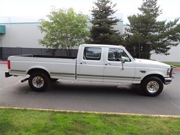 1995 Ford F-350 / 7.3 L DIESEL / 5-Speed Manual / 2wd / LongBed - Photo 4 - Portland, OR 97217