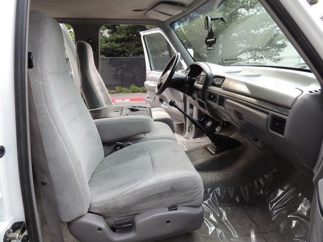 1995 Ford F-350 / 7.3 L DIESEL / 5-Speed Manual / 2wd / LongBed - Photo 23 - Portland, OR 97217