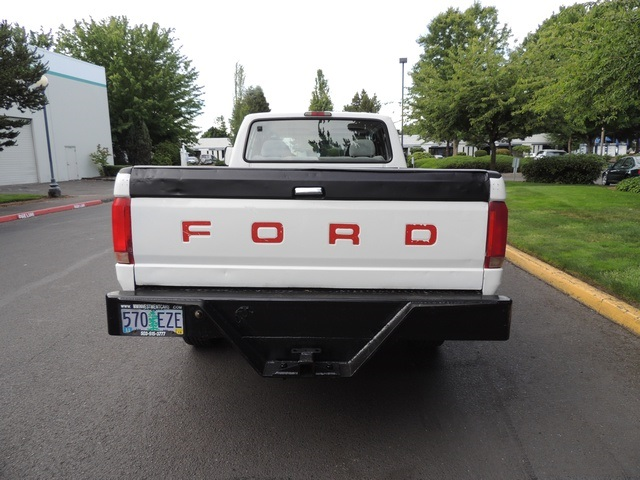1995 Ford F-350 / 7.3 L DIESEL / 5-Speed Manual / 2wd / LongBed - Photo 6 - Portland, OR 97217