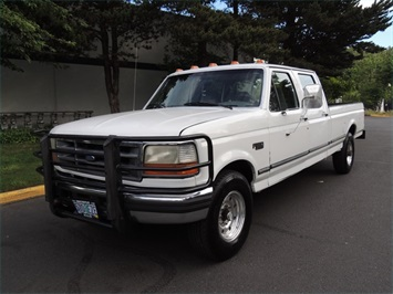 1995 Ford F-350 / 7.3 L DIESEL / 5-Speed Manual / 2wd / LongBed - Photo 1 - Portland, OR 97217