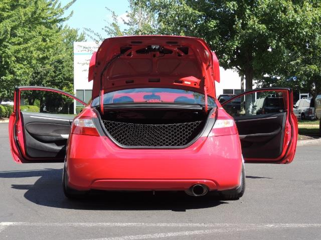 2008 Honda Civic Si Coupe 6 Speed Manual / WHEELS EXHAUST / LOWERED - Photo 12 - Portland, OR 97217