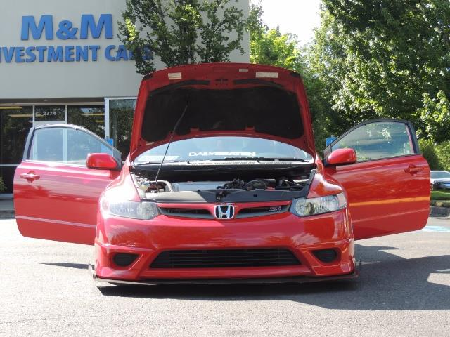 2008 Honda Civic Si Coupe 6 Speed Manual / WHEELS EXHAUST / LOWERED - Photo 16 - Portland, OR 97217