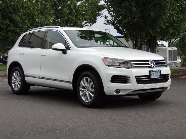 2013 Volkswagen Touareg VR6 Lux / AWD / Sport Utility / Excel Cond - Photo 2 - Portland, OR 97217