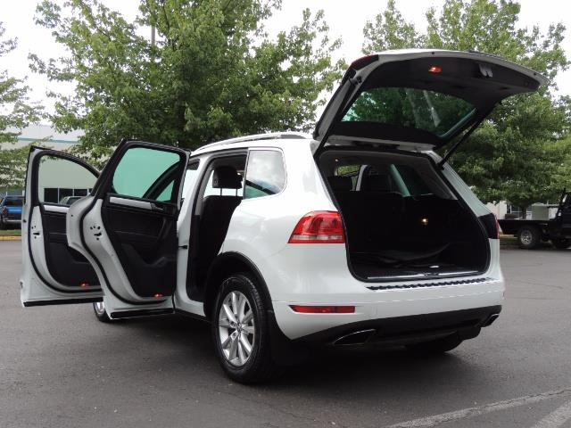 2013 Volkswagen Touareg VR6 Lux / AWD / Sport Utility / Excel Cond - Photo 27 - Portland, OR 97217