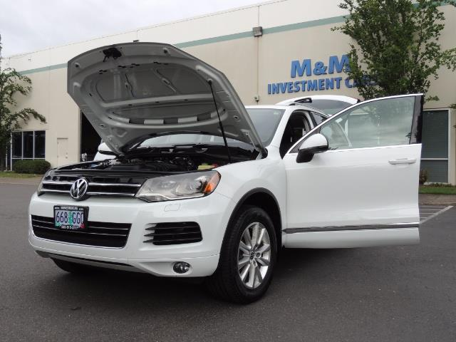 2013 Volkswagen Touareg VR6 Lux / AWD / Sport Utility / Excel Cond - Photo 25 - Portland, OR 97217