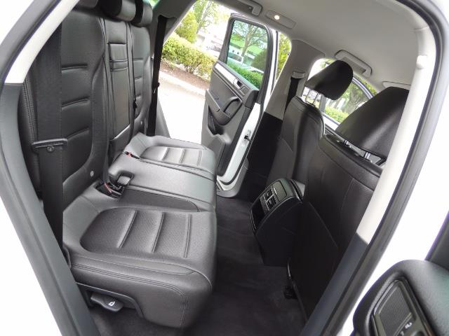 2013 Volkswagen Touareg VR6 Lux / AWD / Sport Utility / Excel Cond - Photo 16 - Portland, OR 97217