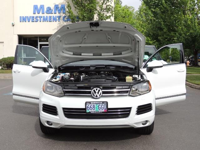 2013 Volkswagen Touareg VR6 Lux / AWD / Sport Utility / Excel Cond - Photo 32 - Portland, OR 97217