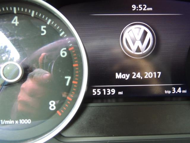 2013 Volkswagen Touareg VR6 Lux / AWD / Sport Utility / Excel Cond - Photo 40 - Portland, OR 97217