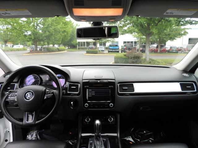 2013 Volkswagen Touareg VR6 Lux / AWD / Sport Utility / Excel Cond - Photo 36 - Portland, OR 97217