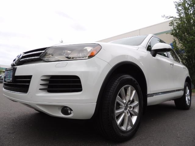 2013 Volkswagen Touareg VR6 Lux / AWD / Sport Utility / Excel Cond - Photo 9 - Portland, OR 97217
