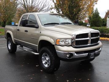 2004 Dodge Ram 2500 4X4 / 5.9 CUMMINS Diesel / 6 SPEED MANUAL / LIFTED Truck