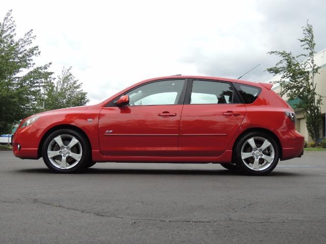 2005 Mazda Mazda3 SP23 Special Edition / Wagon/ 5-SPEED / Sunroof - Photo 3 - Portland, OR 97217