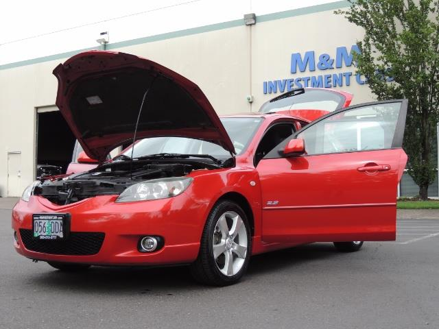 2005 Mazda Mazda3 SP23 Special Edition / Wagon/ 5-SPEED / Sunroof - Photo 25 - Portland, OR 97217