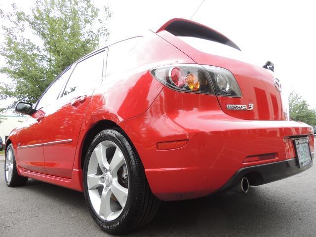 2005 Mazda Mazda3 SP23 Special Edition / Wagon/ 5-SPEED / Sunroof - Photo 12 - Portland, OR 97217