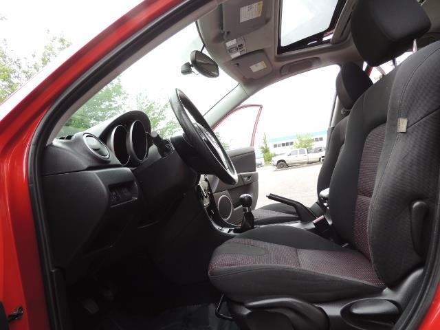 2005 Mazda Mazda3 SP23 Special Edition / Wagon/ 5-SPEED / Sunroof - Photo 14 - Portland, OR 97217