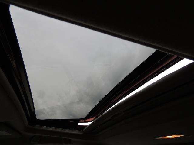 2005 Mazda Mazda3 SP23 Special Edition / Wagon/ 5-SPEED / Sunroof - Photo 22 - Portland, OR 97217