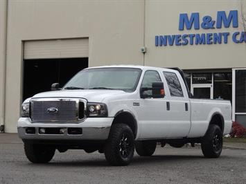 2006 Ford F-250 Super Duty XLT / 4X4 / 8Cyl 5.4L Gas Truck