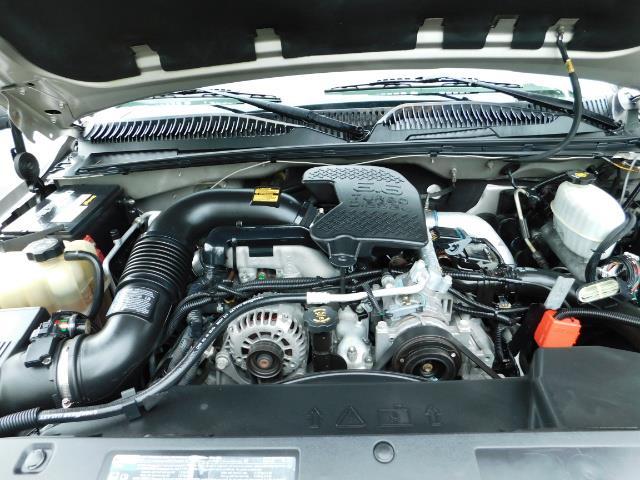 2005 GMC Sierra 3500 SLT 4dr Crew Cab / 4X4 / DIESEL / LIFTED / 1-OWNER - Photo 33 - Portland, OR 97217