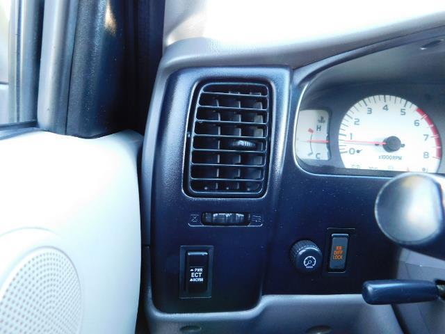 2001 Toyota Tacoma V6 4dr / 4X4 / REAR DIFF LOCKS / 3.4L / LIFTED - Photo 19 - Portland, OR 97217