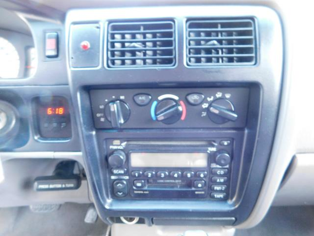 2001 Toyota Tacoma V6 4dr / 4X4 / REAR DIFF LOCKS / 3.4L / LIFTED - Photo 20 - Portland, OR 97217