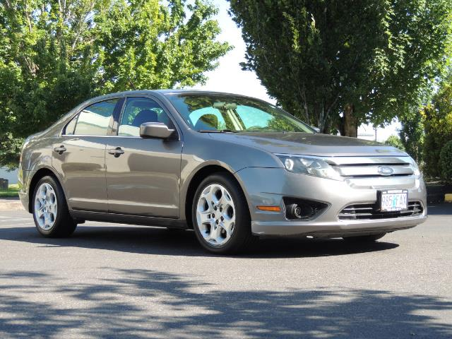 2010 Ford Fusion SE / Sedan / 2.5Liter 4Cyl / Excel Cond - Photo 2 - Portland, OR 97217