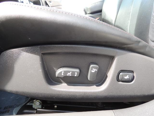 2010 Nissan Maxima 3.5 SV Heated+Cooled Leather / PANO ROOF / 1-OWNER - Photo 38 - Portland, OR 97217