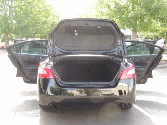 2010 Nissan Maxima 3.5 SV Heated+Cooled Leather / PANO ROOF / 1-OWNER - Photo 26 - Portland, OR 97217