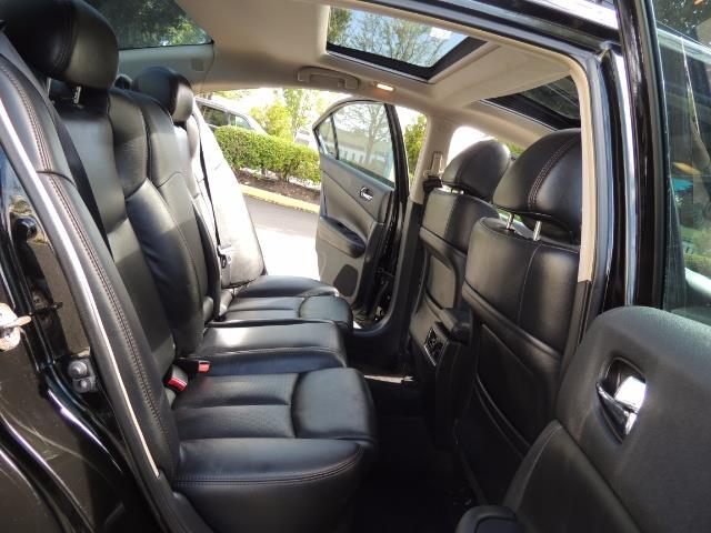 2010 Nissan Maxima 3.5 SV Heated+Cooled Leather / PANO ROOF / 1-OWNER - Photo 16 - Portland, OR 97217