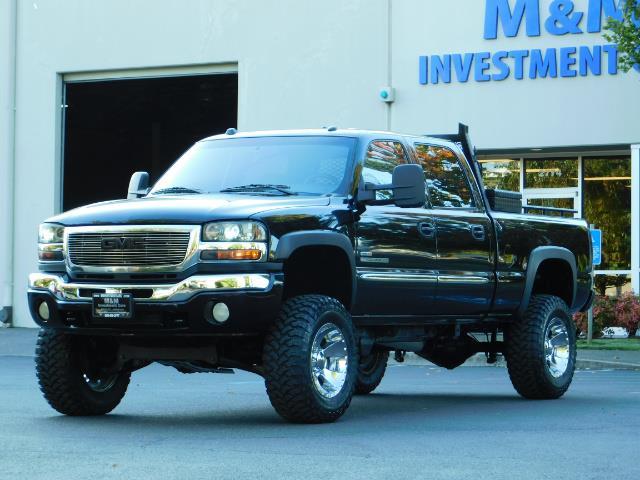 2005 GMC Sierra 2500 SLT 4dr Crew Cab / 4X4 / 6.6L DURAMX DIESEL / LIFT - Photo 47 - Portland, OR 97217