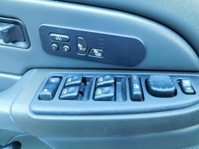 2005 GMC Sierra 2500 SLT 4dr Crew Cab / 4X4 / 6.6L DURAMX DIESEL / LIFT - Photo 20 - Portland, OR 97217