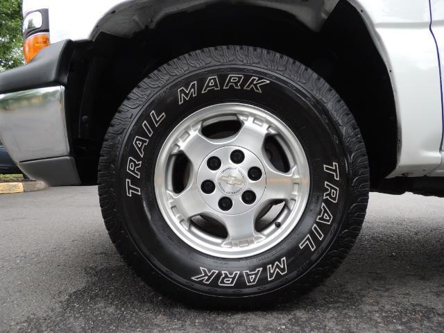 2001 Chevrolet Silverado 1500 LS 2dr Standard Cab / 4X4 / LONG BED / Z71  OFF RD - Photo 23 - Portland, OR 97217