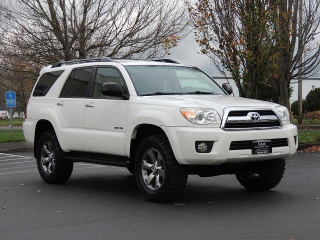 2006 toyota 4runner v6 4x4 diff lock 97k miles. Black Bedroom Furniture Sets. Home Design Ideas