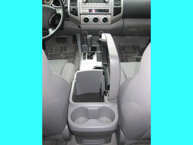 2008 Toyota Tacoma V6/ Double Cab/4WD/ Long Bed / TRD Sport - Photo 35 - Portland, OR 97217