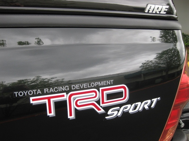 2008 Toyota Tacoma V6/ Double Cab/4WD/ Long Bed / TRD Sport - Photo 17 - Portland, OR 97217