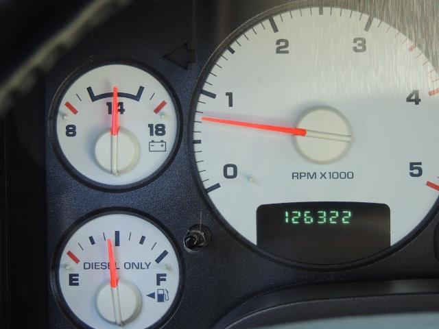 2004 Dodge Ram 2500 SLT 4dr / 4X4 /5.9L DIESEL / 6-SPEED / 1-OWNER - Photo 40 - Portland, OR 97217