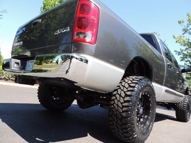 2004 Dodge Ram 2500 SLT 4dr / 4X4 /5.9L DIESEL / 6-SPEED / 1-OWNER - Photo 11 - Portland, OR 97217