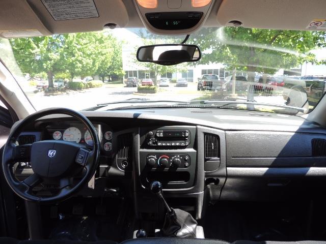 2004 Dodge Ram 2500 SLT 4dr / 4X4 /5.9L DIESEL / 6-SPEED / 1-OWNER - Photo 36 - Portland, OR 97217