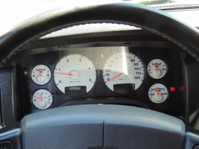 2004 Dodge Ram 2500 SLT 4dr / 4X4 /5.9L DIESEL / 6-SPEED / 1-OWNER - Photo 39 - Portland, OR 97217