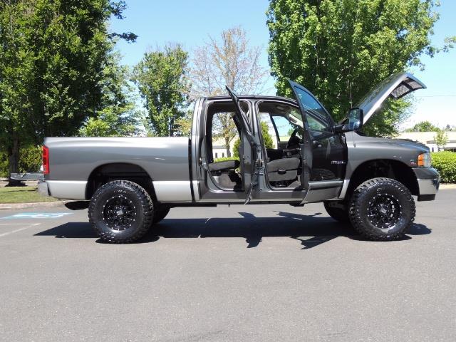 2004 Dodge Ram 2500 SLT 4dr / 4X4 /5.9L DIESEL / 6-SPEED / 1-OWNER - Photo 30 - Portland, OR 97217