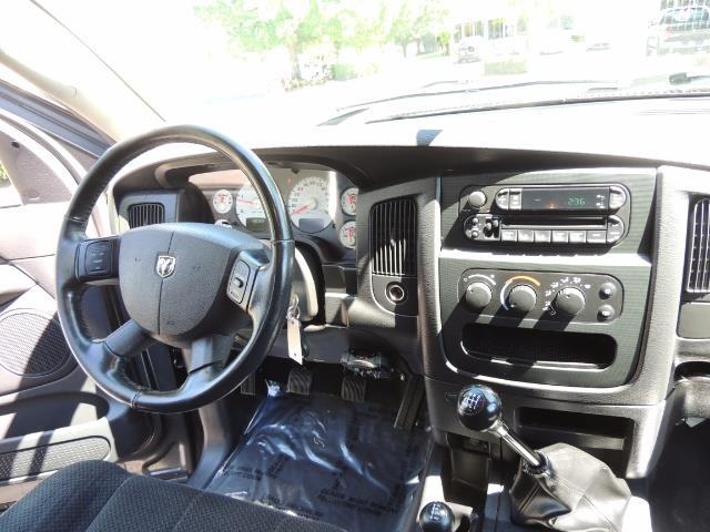 2004 Dodge Ram 2500 SLT 4dr / 4X4 /5.9L DIESEL / 6-SPEED / 1-OWNER - Photo 18 - Portland, OR 97217