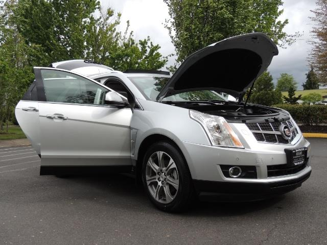 2012 Cadillac SRX Premium Collection / AWD / FULLY LOADED / Excel Co - Photo 31 - Portland, OR 97217