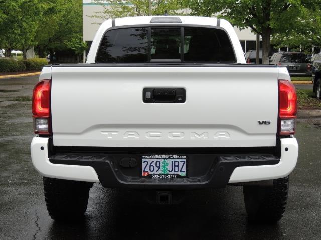 2016 Toyota Tacoma TRD Sport / 4X4 / Navi / Sunroof / LOADED / LIFTED - Photo 6 - Portland, OR 97217