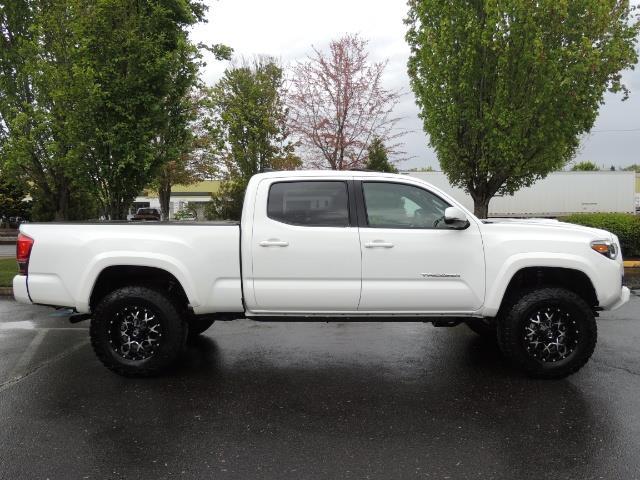 2016 Toyota Tacoma TRD Sport / 4X4 / Navi / Sunroof / LOADED / LIFTED - Photo 3 - Portland, OR 97217