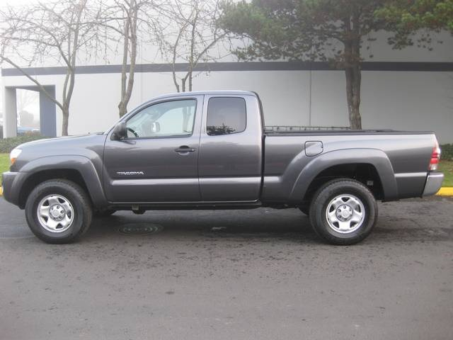 2011 toyota tacoma sr5 access cab 5 spd 4x4. Black Bedroom Furniture Sets. Home Design Ideas