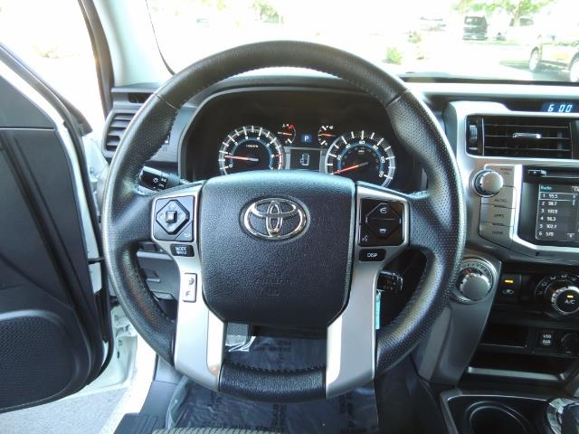 2016 Toyota 4Runner 4X4 / 3RD SEAT / REAR CAM / WARRANTY / LIFTED !! - Photo 39 - Portland, OR 97217
