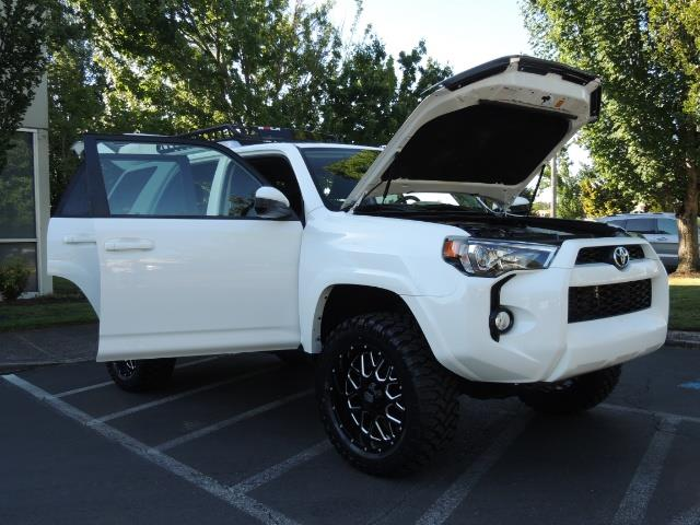 2016 Toyota 4Runner 4X4 / 3RD SEAT / REAR CAM / WARRANTY / LIFTED !! - Photo 29 - Portland, OR 97217