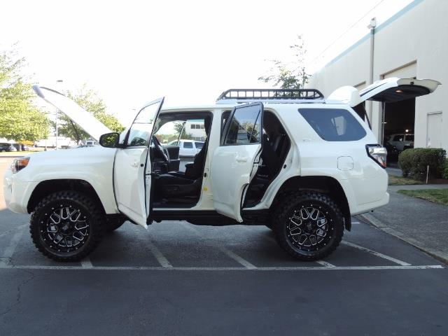 2016 Toyota 4Runner 4X4 / 3RD SEAT / REAR CAM / WARRANTY / LIFTED !! - Photo 21 - Portland, OR 97217