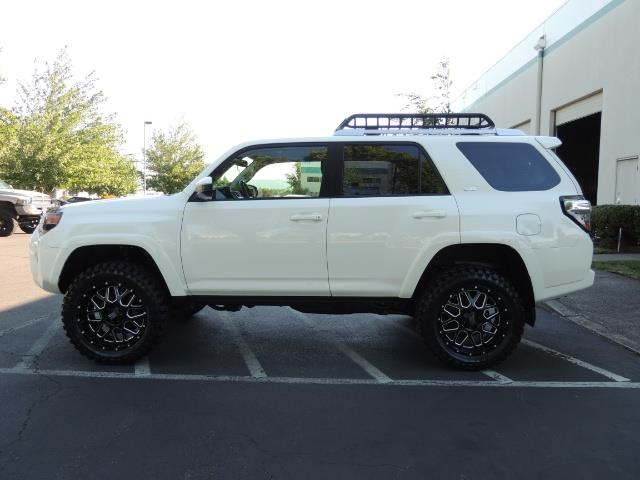 2016 Toyota 4Runner 4X4 / 3RD SEAT / REAR CAM / WARRANTY / LIFTED !! - Photo 3 - Portland, OR 97217