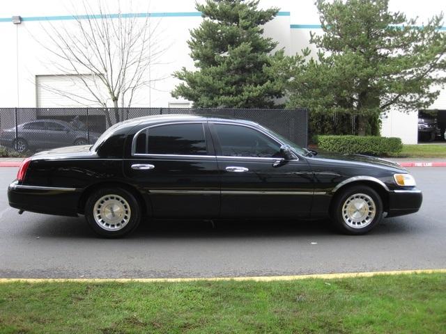 1999 lincoln town car executive. Black Bedroom Furniture Sets. Home Design Ideas